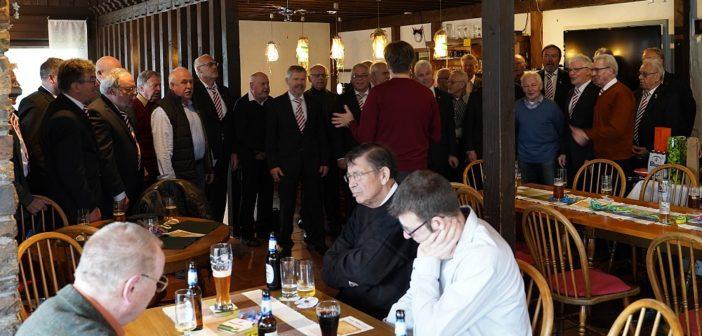 Männerchor feierte Vereinstag mit Ehrungen